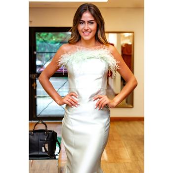 Vestido plumas - elizabeth marques